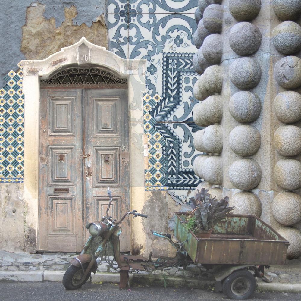 Claire Gill, Artist, Wallscape 2 Fine Art greeting card, fine art greeting card, buy art, Sintra, Portugal